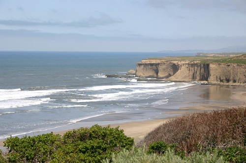 Calif-Coastline-Cliffs.jpg